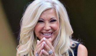 Millionärsgattin Carmen Geiss ist äußerst wandelbar - jetzt macht sie sogar als Meerjungfrau Furore. (Foto)