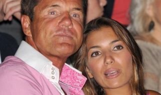 Carina Walz ist seit mehr als zehn Jahren die Frau an der Seite von Pop-Titan Dieter Bohlen. (Foto)