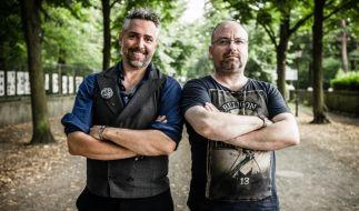 """Roland Trettl (links) und Christian Lohse treten bei """"Kitchen Impossible"""" gegeneinander an. (Foto)"""