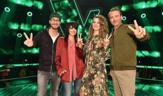 "Die Coaches von ""The Voice Kids"": (v.l.n.r.) Mark Forster, Nena, Larissa und Sasha. (Foto)"