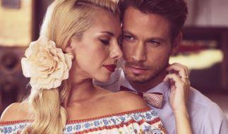 Janika und Sebastian beim Fotoshooting im 50s-Style. (Foto)