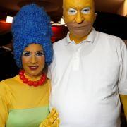 Gelungenes Kostüm: CSU-Politiker wird zu Homer Simpson (Foto)