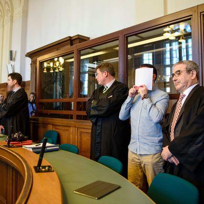 In der Mediathek: Schützt dieses Urteil vor Rasern? (Foto)
