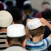 """Schule verbietet """"provozierendes Beten"""" von Muslimen (Foto)"""