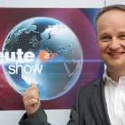 Oliver Welke präsentiert den satirischen Wochenrückblick (Foto)