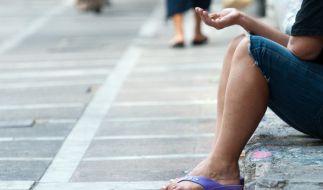 Der Anteil der Menschen mit Armutsrisiko ist in Deutschland auf einen neuen Höchststand gestiegen. (Symbolbild) (Foto)