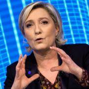 Schock-Fotos! Le Pen verliert parlamentarische Immunität (Foto)