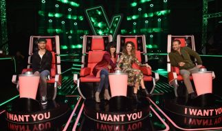 """Mark Forster (l.), Nena (2.v.l.), Larissa (2.v.r.) und Sasha (r.) suchen bei """"The Voice Kids"""" die beste Kinderstimme. (Foto)"""