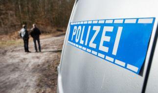 Nach dem Fund einer Babyleiche sucht die Polizei nach Hinweisen auf die Eltern. (Foto)