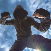 Russischer Politiker fordert: Hooligan-Prügelei soll Sportart werden (Foto)