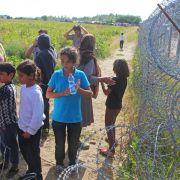 Ungarn sperrt Flüchtlinge in Containersiedlung - UN protestiert (Foto)