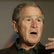 Verplappert sich hier George W. Bush? (Foto)