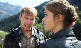 Sandra Mohr (Miriam Stein) muss sich endlich dem Konflikt mit ihrem Stiefbruder Mike (Robert Stadlober) stellen. (Foto)