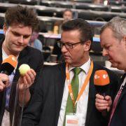 Carsten van Ryssen (rechts) gemeinsam mit Lutz van der Horst (links) für die