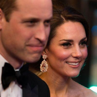 Schwere Vorwürfe! William und Kate hinken hinter der Queen her (Foto)