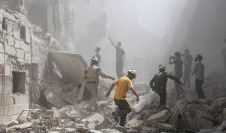 In Aleppo ist es erneut zu einem Luftangriff auf eine Moschee gekommen, bei dem mindestens 42 Menschen getötet wurden. (Foto)
