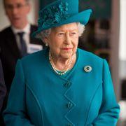 Wie eine Kirchenmaus! Gegen SIE ist die Königin bettelarm (Foto)
