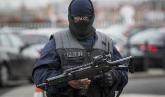 Der Vater des Angreifers auf dem Pariser Flughafen Orly ist sicher sicher, dass sein Sohn kein Terrorist war. (Foto)