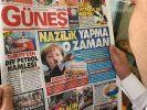 """Die türkische Zeitung """"Günes"""" zeigte Angela Merkel als """"weiblichen Hitler"""". (Foto)"""