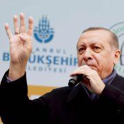 Deutsch-Türken stimmen über Erdogan-Referendum ab (Foto)