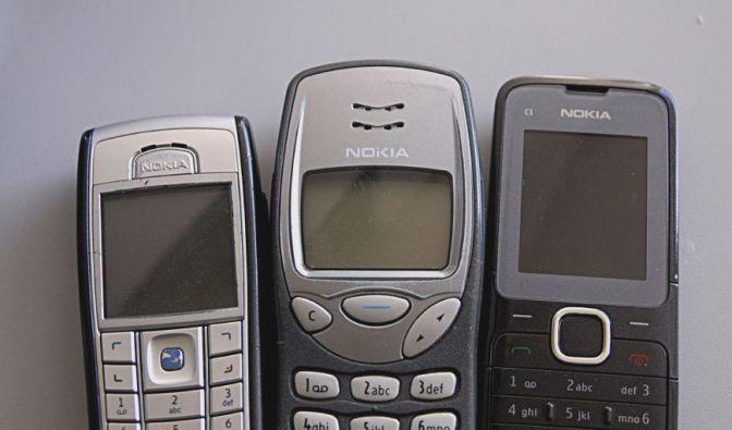 Damals sensationell, heute Alltag: Unterwegs telefonieren! (Foto)