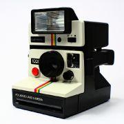 Auch wenn es für Smartphones mittlerweile auch Sofortbilddrucker gibt, bleibt das Original von Polaroid weiter unangetasteter Kult!