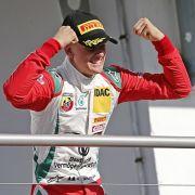 Berührende Premiere! Formel-3-Debütant spricht über Papa Schumi (Foto)