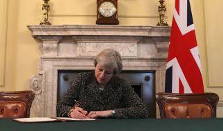 Premierministerin Theresa May will am Mittwoch die britische EU-Austrittserklärung abgeben. (Foto)
