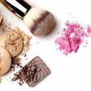Gefährliche Inhaltsstoffe! Dieses Make-up schmiert im Test ab (Foto)