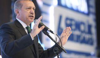 Nach Spionagevorwürfen gegen die Türkei nimmt ein Erdogan-Anhänger die türkische Regierung in Schutz. (Foto)