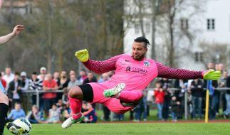 Der frühere Nationaltorwart Tim Wiese gibt für den SSV Dillingen sein Debüt in der Kreisliga. (Foto)