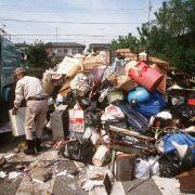 360 000 Euro im Müll entdeckt! Japanische Polizei sucht Besitzer (Foto)