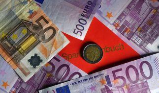 Banken verlangen immer mehrZusatz-Gebühren von ihren Kunden. (Foto)