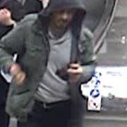 Der mutmaßliche Attentäter auf einem Fahndungsbild der Polizei.