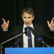 AfD-Spitze vergleicht Björn Höcke mit Adolf Hitler (Foto)