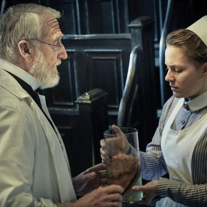 Ida kämpft für ihren Traum - wird sie die erste Ärztin der Charité? (Foto)