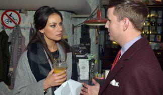 Gemeinsam mit Serien-Liebling Janina Uhse steht Martin Tietjen vor der Kamera. (Foto)