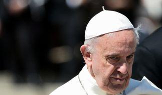 Papst Franziskus hat bei den Osterfeierlichkeiten in Rom zu Welt-Frieden aufgerufen. (Foto)