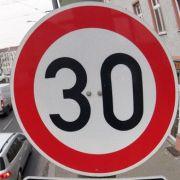 Bundesamt fordert Tempo 30 als Standard in Städten (Foto)