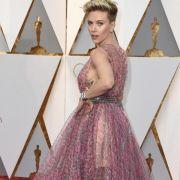 Scarlett Johansson hat sich offenbar Chris Evans geangelt (Foto)