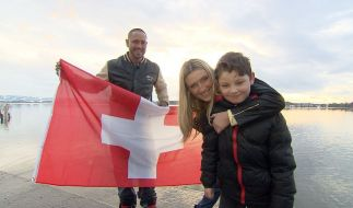 V.l.: Chris Kühn, Anastasia Hirsch und Sohn Angelo. (Foto)