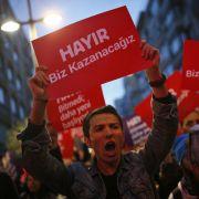 Deutsche Politiker fordern Stopp der EU-Beitrittsgespräche (Foto)