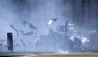 Bei einem Crash in der britischen Formel 4 verletzte sich Nachwuchspilot Billy Monger so schwer, dass ihm beide Beine amputiert wurden. (Foto)