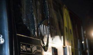Nach dem Sprengstoffanschlag auf den Mannschaftsbus des Fußball-Bundesligisten Borussia Dortmund hat die Polizei nach Medieninformationen einen Tatverdächtigen festgenommen. (Foto)