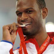 Todesdrama bei Usain Bolt! Hochspringer stirbt nach Horror-Unfall (Foto)