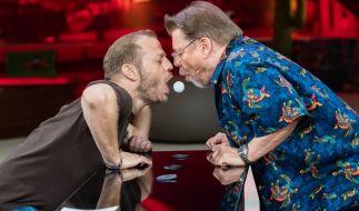 Gastgeber Mario Barth (l.) und Jürgen von der Lippe haben jede Menge Blödsinn im Kopf. (Foto)