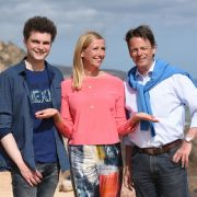 In der ZDF-Mediathek: Kiwi grüßt mit ihren Gästen aus Fuerteventura (Foto)