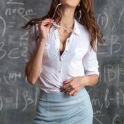 Trotz Bestechung! Schüler verraten Sex-Lehrerin nach wilder Orgie (Foto)