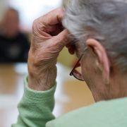 Diese Oma kommt nicht an ihre Rente - der Grund dafür ist kurios (Foto)