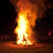 In der Nacht gibt es dann natürlich auch Höhenfeuer.